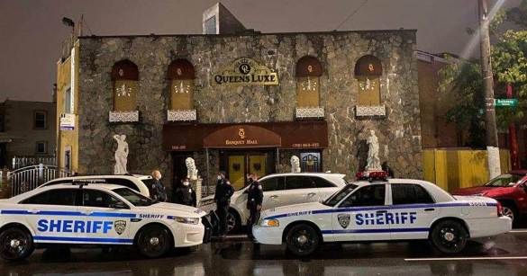 NYC sheriff busts illegal party with more than 200 people at Queens venue