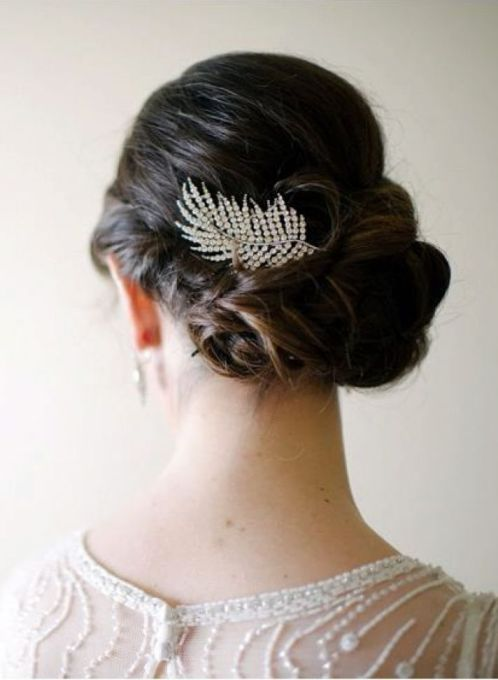 Art Deco Bridal Hair Comb, Image Courtesy of One Wed