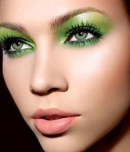 morena ojos verdes (Small)