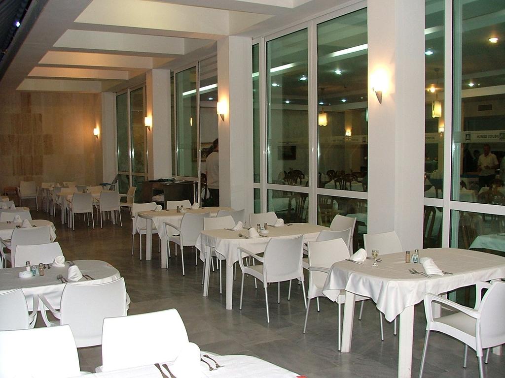 Hotel Luca Helios Beach 4  Obzor  Bulgaria  oferta cazare