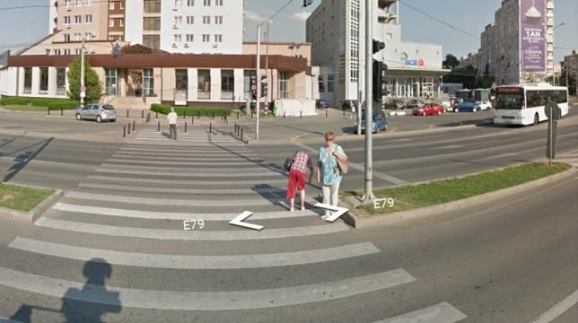 trecere de pietoni piata Cetate Oradea Plaza