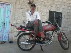 refugiat cu motocicleta