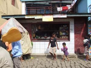 mic magazin Antananarivo Madagascar