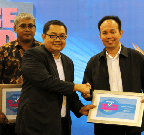 Adira Finance Meraih Otomotif Choice Award 2013