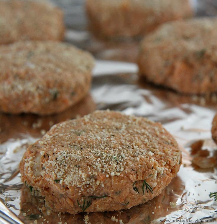 Baked Salmon Cakes Recipe with Homemade Tartar Sauce