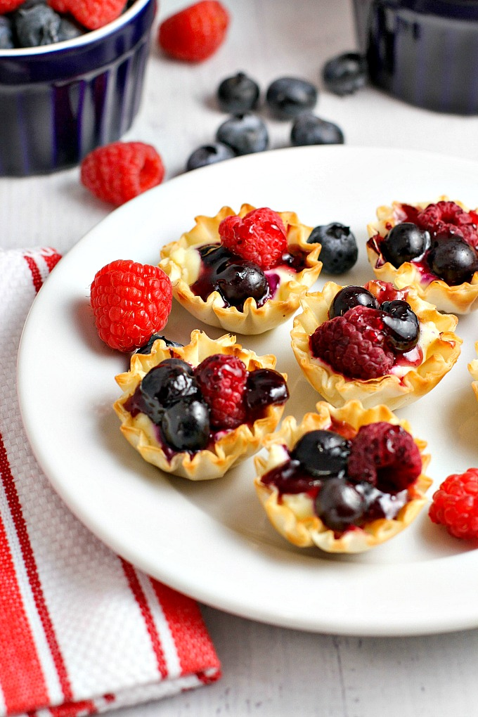 Vanilla Bean Berry Phyllo Cups...an easy to make, bite sized dessert, perfect for holiday entertaining!