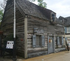 The oldest wooden schoolhouse in the USA!