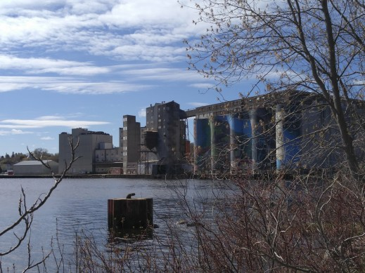 Midland bay and silos