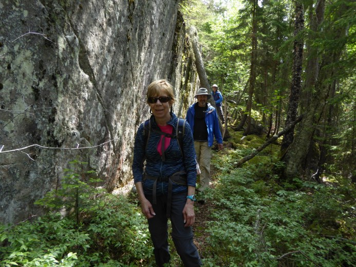 Hike to Lachlin Lake