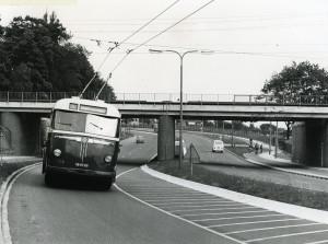 Trolleybus 103 op lijn 1 Arnhem - Oosterbeek (GA 7449 - Fotograaf onbekend)
