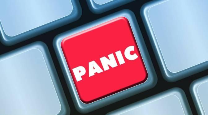 Kritika – Üsd ki a pánikod!