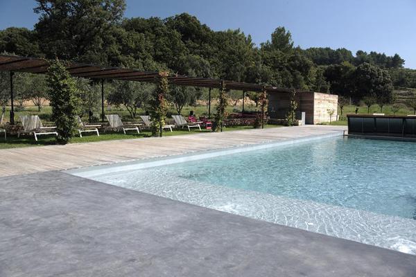 Cemento pulido piscina for Cemento pulido exterior