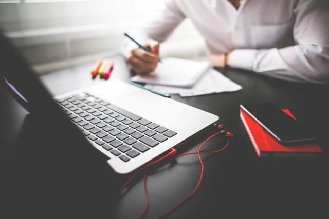 ¿Qué es un Asistente Virtual, qué hace y cuánto cuesta?