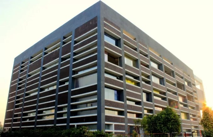 Shanti Business School