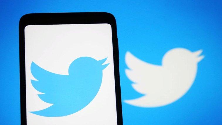 Twitter, ücretli abonelik sisteminde büyük bir yere sahip olacak, kullanıcılarına reklamsız okuma deneyimi sunan Scroll girişimini satın aldı. Bu satın alımla birlikte Twitter'ın ücretli abonelik hizmetinin nasıl bir hizmet olacağı da neredeyse tamamen şekillendi.