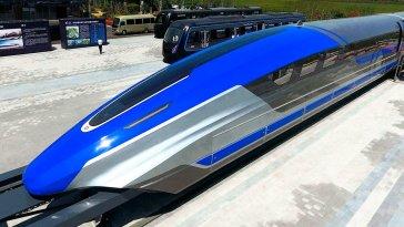 Çin, dünyanın en kalabalık ülkesi konumunda ve 1,398 milyar nüfusa sahip. Ülkedeki insanların ulaşım sorunu için büyük yatırımlar yapan Çin, dünyanın en hızlı treni olan Maglev trenini üretti