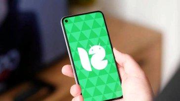 Google, Android 12 Beta 4 sürümüne yararlı bir özellik daha ekledi. Kullanıcılar artık mimikleriyle telefonlarını yönetebilecek.