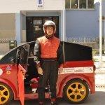 Eskişehir'de 7 öğretmen ile 5 lise öğrencisi, ESATAMAT ismini verdikleri bir elektrikli otomobil geliştirdiler. 100 kilometre mesafede yalnızca 95 kuruşluk maliyet çıkaran araba, İzmit Körfez Pisti'nde gerçekleştirilecek yarışlara katılacak.