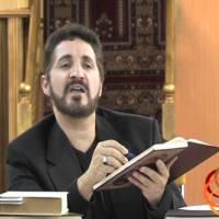 كيف يجوز الطعن في معاوية بن أبي سفيان مع أنه من كتاب الوحي؟