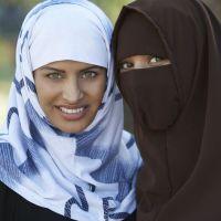 مراجعات على برنامج صحوة.. الحلقة الأولى: معركة الحجاب
