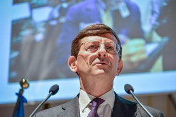 Fase 3, task force Colao consegna rapporto finale a Conte