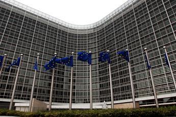 Pil Italia giù del 9,9% quest'anno, le stime dell'Ue