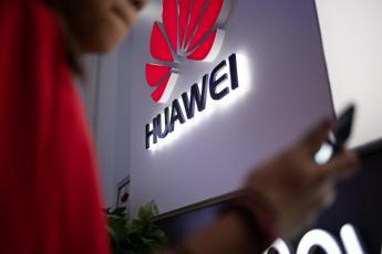 5G, esclusione Huawei da gara è scelta industriale