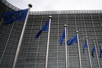 Eurogruppo, accordo su linee Mes