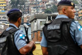 Brasile, sequestra bus a Rio: ucciso dai cecchini