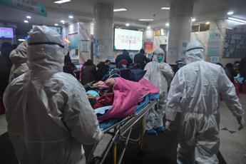 Virus Cina, salgono a 170 i morti