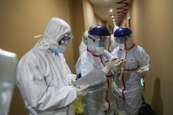 Virus, l'esperto: Allungare quarantena Cecchignola