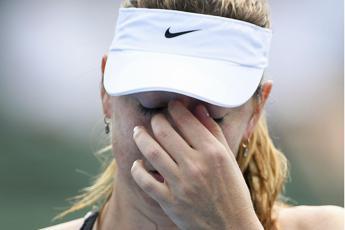 Sharapova annuncia il ritiro dal tennis