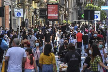 Covid, 544 nuovi casi in Campania