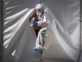 Coronavirus, Oms: In alcuni Paesi secondo picco, diverso da seconda ondata