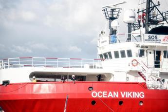 Ocean Viking, oggi lo sbarco a Porto Empedocle