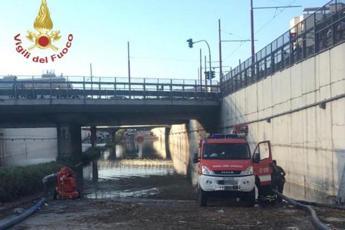 Bomba d'acqua a Palermo, idrovore ancora al lavoro