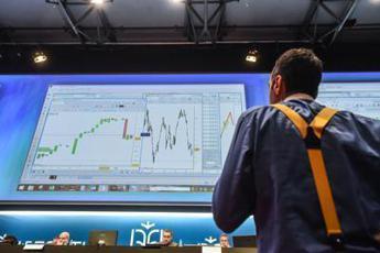 Ftse Mib inizia la settimana con il segno meno, denaro su Diasorin