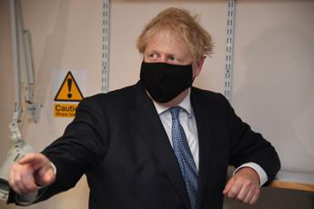 Lockdown in Inghilterra, Johnson annuncia misure