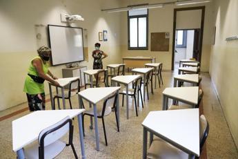 Scuola, Regioni: via libera 'condizionato' a linee-guida Iss