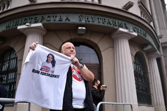 Bielorussia, Tikhanovskaya: 'Avanti con scioperi, obiettivo nuovo voto