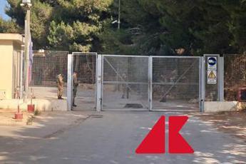 Sicilia, Musumeci chiude tutti gli spazi per migranti