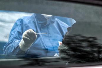 Covid, in Italia 1.638 nuovi casi e 24 morti