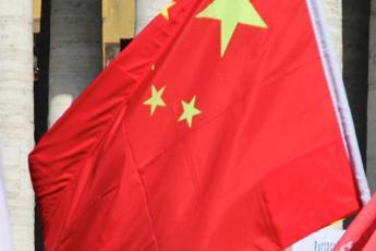 Cina, l'ambasciata a Roma: Gracchiante Pompeo metta fine a suo show