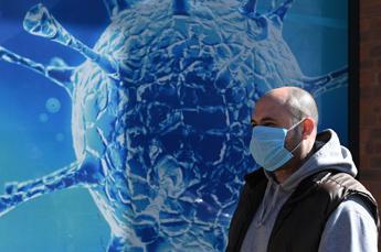 Coronavirus Gb, lieve calo dei contagi ma aumentano i morti
