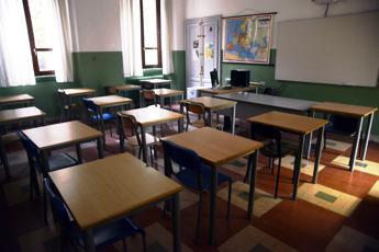 Scuola, Conte sonda maggioranza: Rientro sui banchi 14 dicembre bel segnale
