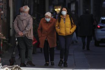 Brusaferro: 10 regioni ancora ad alto rischio