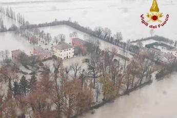 Maltempo, allerta fiumi e rischio valanghe