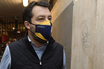 Salvini sente Conte: Confrontiamoci su Recovery, Natale e scuola