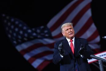 Usa, Trump concede la grazia ad altri 26 amici e alleati