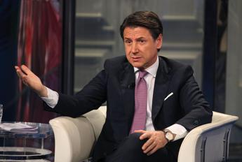 Conte: Se terza ondata, Italia zona rossa